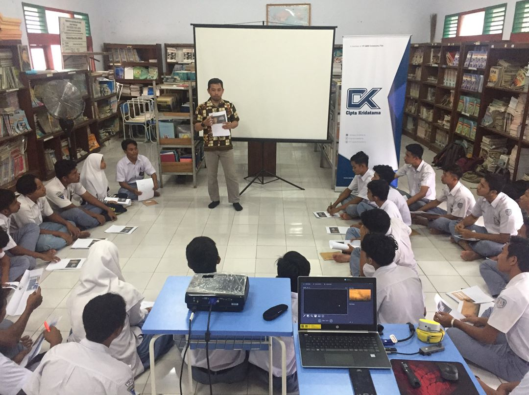 PT Cipta Kridatama (CK) provides soft skills and character development for students of SMKN 2 Meulaboh